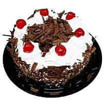 Black Forest Cake Half Kg: New Year Gifts Canada
