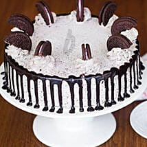 Cookie And Cream Cake 1KG: Xmas Cake Delivery in Canada