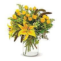 Good as Gold: Bouquet Delivery in Canada