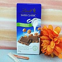 Lindt Swiss Classic Haselnut Chocolate N Tikka: Chocolate Delivery Canada