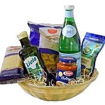 Pasta Bolognese Gift Basket: Christmas Gift Hampers to Germany