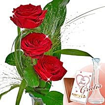Rose Trio Serenade With Vase and Merci: Birthday Gifts Delivery in Germany