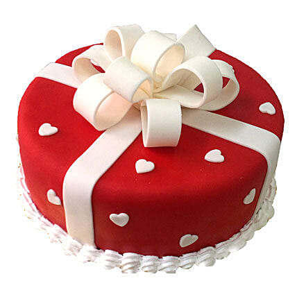 A Delectable Treat for Mom 1kg Black Forest