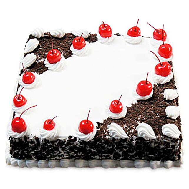 Cherry Blackforest Cake Half kg