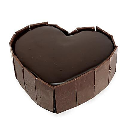 Cute Heart Shape Cake Half kg Eggless