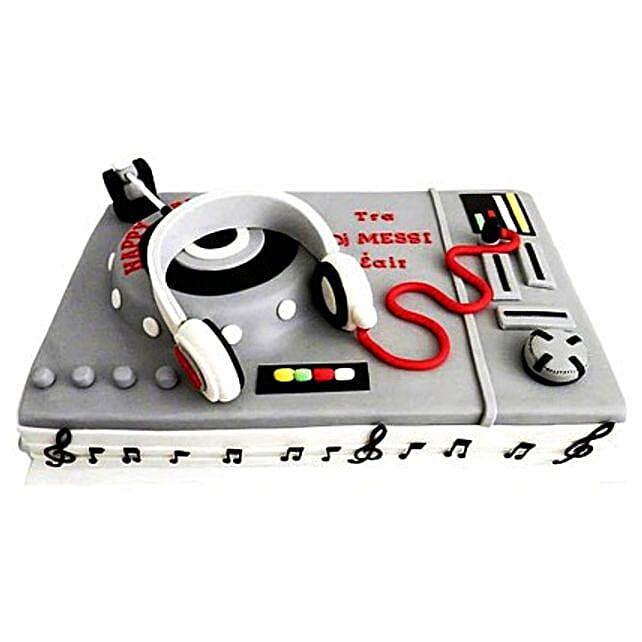 DJ Special Cake 2kg Eggless Black Forest