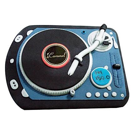 DJ Spin That Cake 4kg Eggless Pineapple