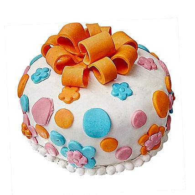 Fondant Baby Bash Cake 2 Kg Vanilla