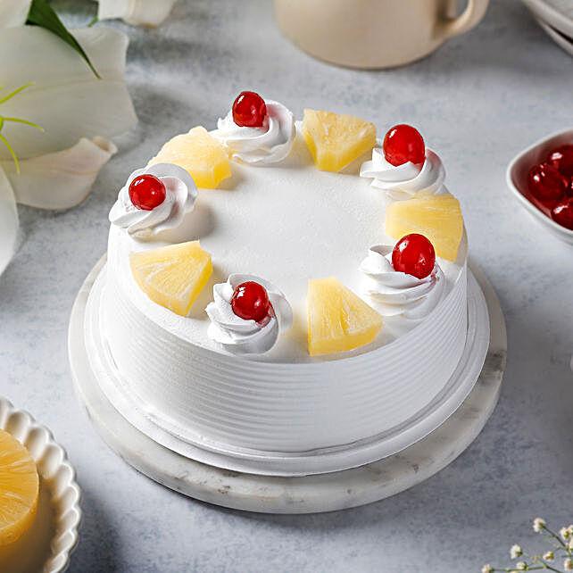 Pineapple Cake Half kg Eggless