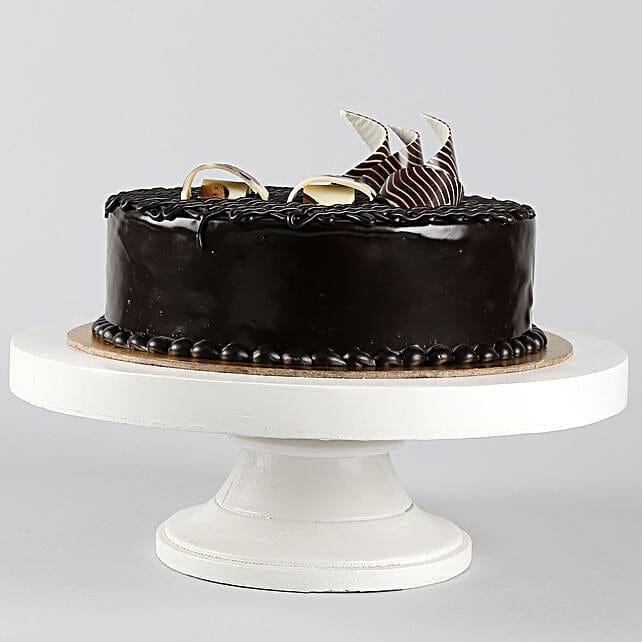Rich Chocolate Splash Cake 2kg Eggless