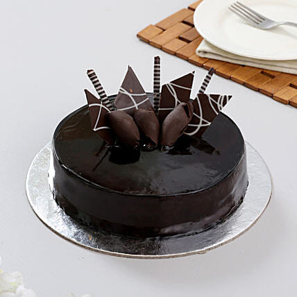 Snickers Cake 1kg Eggless