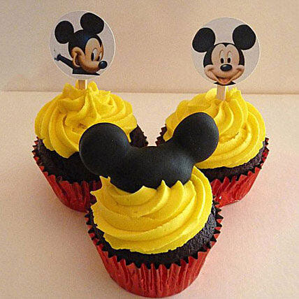 Trio Mickey Mouse Cupcakes 6