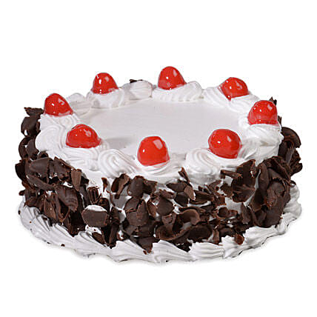 Yummy Black Forest Cake Half kg Eggless