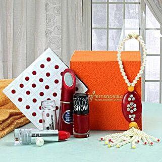 Beautifying Gift Hamper: Karwa Chauth Gifts Chandigarh