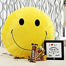 Brighten Up Your Love With Smile: Send Gifts to Udgir