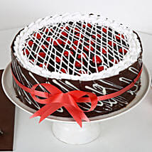 Chocolate Cherry Cake: Send Designer Cakes to Kanpur