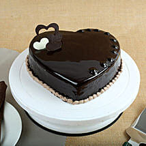Chocolate Hearts Cake: Cakes to Bhatpara