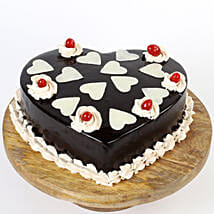 Chocolatey Hearts Cake: Heart Shaped Cakes for Valentine