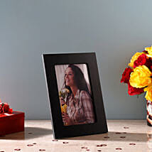 Classy Black Photo Frame: Photo Frame Gifts for Birthday