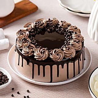 Cream Drop Chocolate Cake: Cakes for Birthday