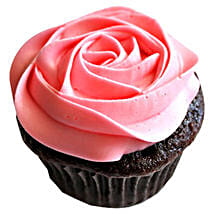 Delicious Rose Cupcakes: New Year Cakes to Kanpur