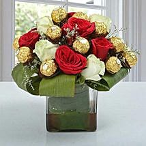 Distinctive Choco Flower Arrangement: Romantic Flowers for Husband