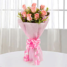 Endearing Pink Roses Bouquet: Womens Day Gifts for Girlfriend