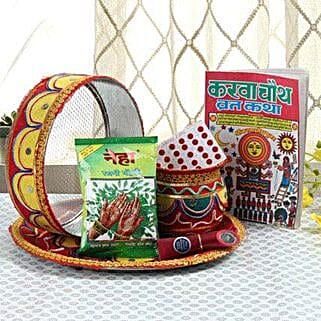 Ethnic Karwa Chauth: Karwa Chauth Gifts to Hyderabad