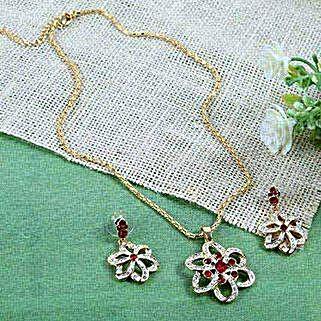 Flowery Pendant Set: Accessories