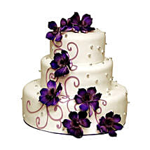 Glamorous Wedding Cake: Eggless Cakes to Delhi