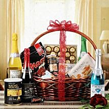 Glee of Exotic Gourmet: New Born Gift Baskets