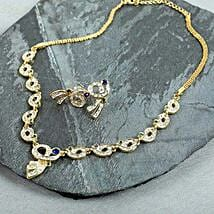 Gold Toned Jewelry Set: Accessories