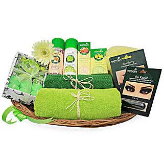Green Spa Hamper: Birthday Gifts for Girlfriend