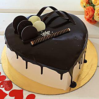 Heart Shaped Cream Chocolate Cake: Heart Shaped Cakes