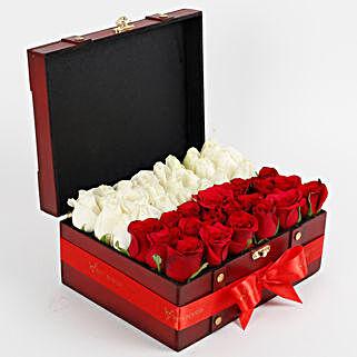 Heavenly Rose Arrangement: Gifts for Wedding
