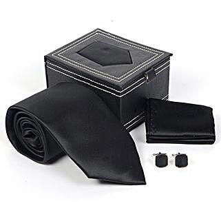Jet Black Tie Set: Accessories