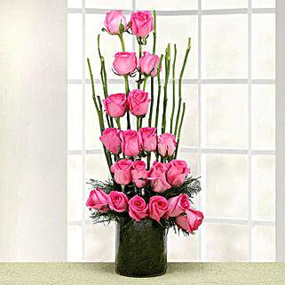 Meet Me in Paradise: Flowers to Farah