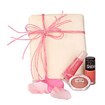 Pep Up Your Style: Send Cosmetics & Spa Hampers for Birthday