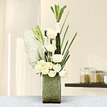 Perfectly Pleasing: Flower Arrangements