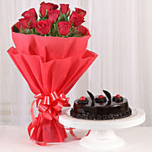 Red Roses with Cake: Anniversary Gifts for Wife