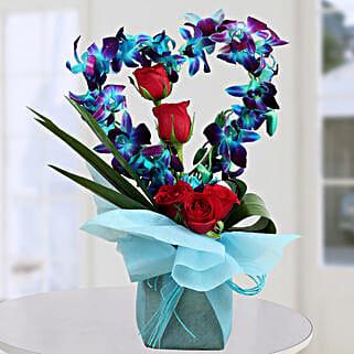 Romantic Heart Shape Arrangement: Heart Shaped Gifts for Valentine