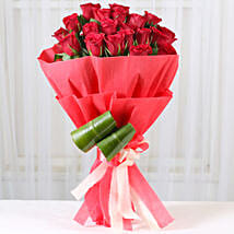 Romantic Red Roses Bouquet: Send Karwa Chauth Gifts to Mangalore