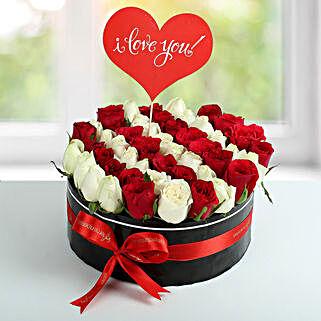 Scintillating Roses Arrangement: Premium Gifts