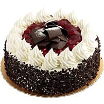 Special Blackforest Cake Five Star Bakery: Send New Year Cakes to Kanpur