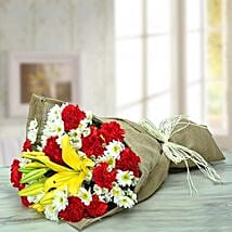 Vivacious Flower Bouquet: Send Anniversary Flowers for Wife