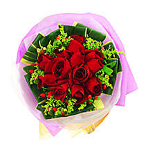 A Bouquet of Beauty: Friendship Day Gifts Delivery In Malaysia