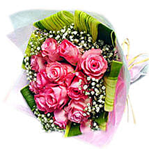 An Enchanting Rose Bouquet: Valentine's Day Gift Malaysia