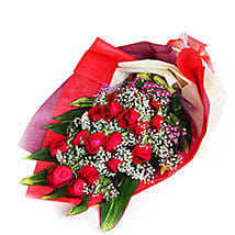 Charming Roses Bouquet: Valentines Day Roses Delivery in Malaysia