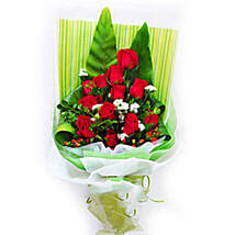 Red Special Blooms: Fathers Day Gifts to Malaysia