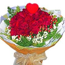 Roses with Foliage N Heart: Anniversary Flowers to Malaysia